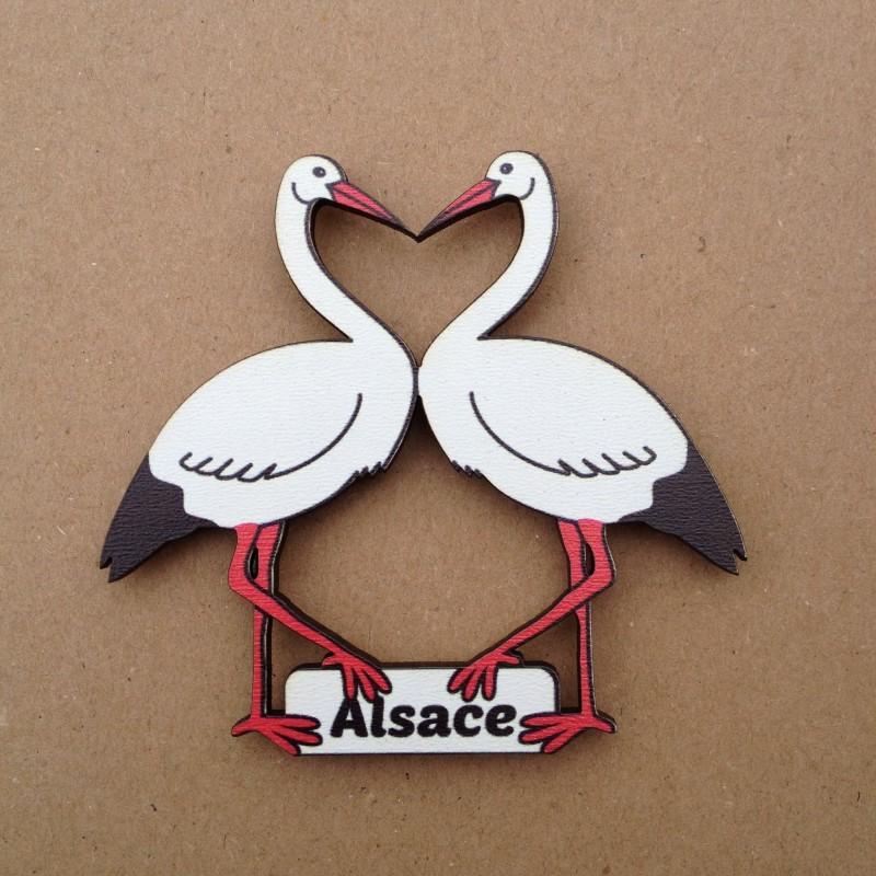 Magnet en bois alsacien Cigognes coeur - made in France